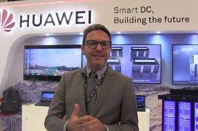 Huawei investe em Inteligência Artificial para garantir Eficiência Energética em data centers - 0t5-h7xIZIE