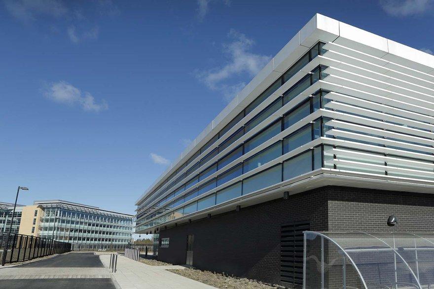stellium data center cobalt business park