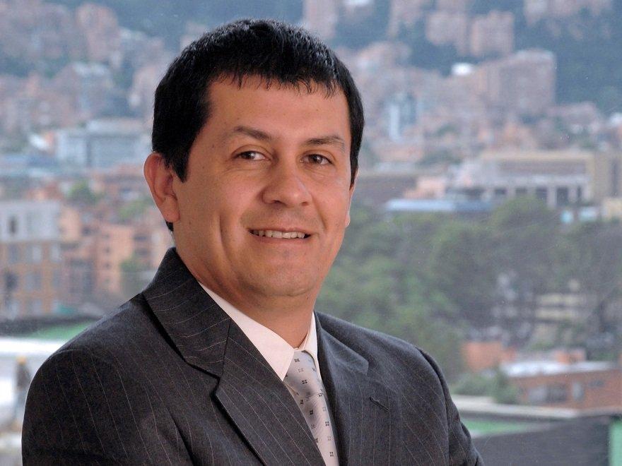 Carlos Zaldivar.jpg