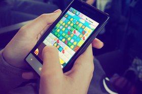 25307_candy-crush-device-electronics-228963.jpg