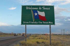 640px-Texas_welcome_sign tim patterson wim=kimedia.jpeg