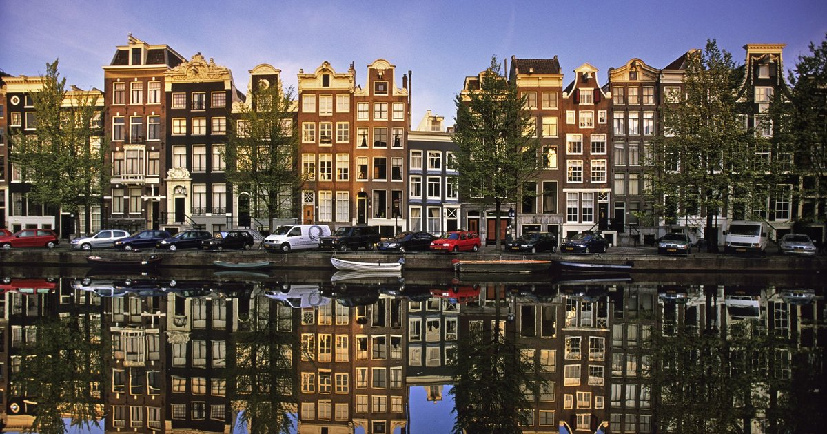 Amsterdam resumes data center building, after a year's moratorium