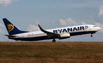 Ryanair Boeing 737-800 taking off from Hahn, Germany