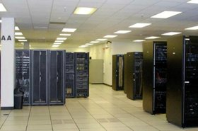 Inside the Peak 10 data center owned by Carter Validus. Image courtesy of Carter Validus.