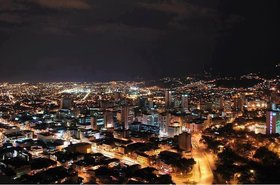 Santiago de Cali at night