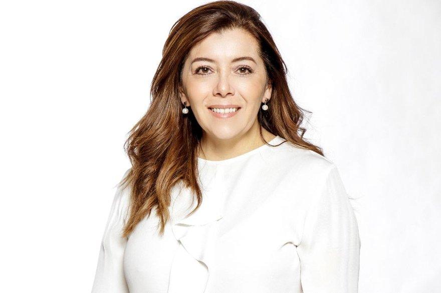 Claudia-Gomez-Schneider.jpg