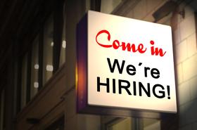 Comne in were hiring_neon sign_Gerd Altmann_Pixabay_Apr 2021.png