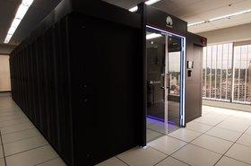 Data center modular inteligente FusionModule2000.jpg