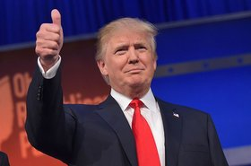 donald trump, thumbs up