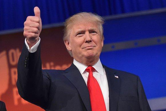donald trump, thumbs up