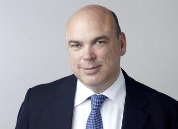 Dr Michael Lynch