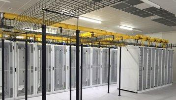 Inside an EdgeConneX data center in Miami