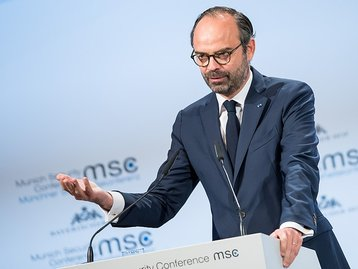 Édouard Philippe speaking at the the Munich Security Conference 2018.jpg