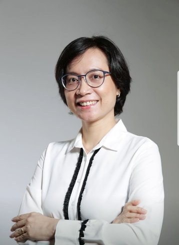 Elisabeth Simatupang, Country Manager, SpaceDC