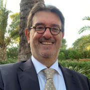 Enrique Bernat - HiRef.png