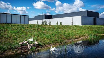 Facebbook Odense Denmark-Data-Center-in-line-image.jpg