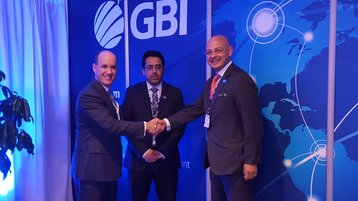 Richard Calder, CEO of GTT (left) and Amr Eid, CEO of GBI (right)