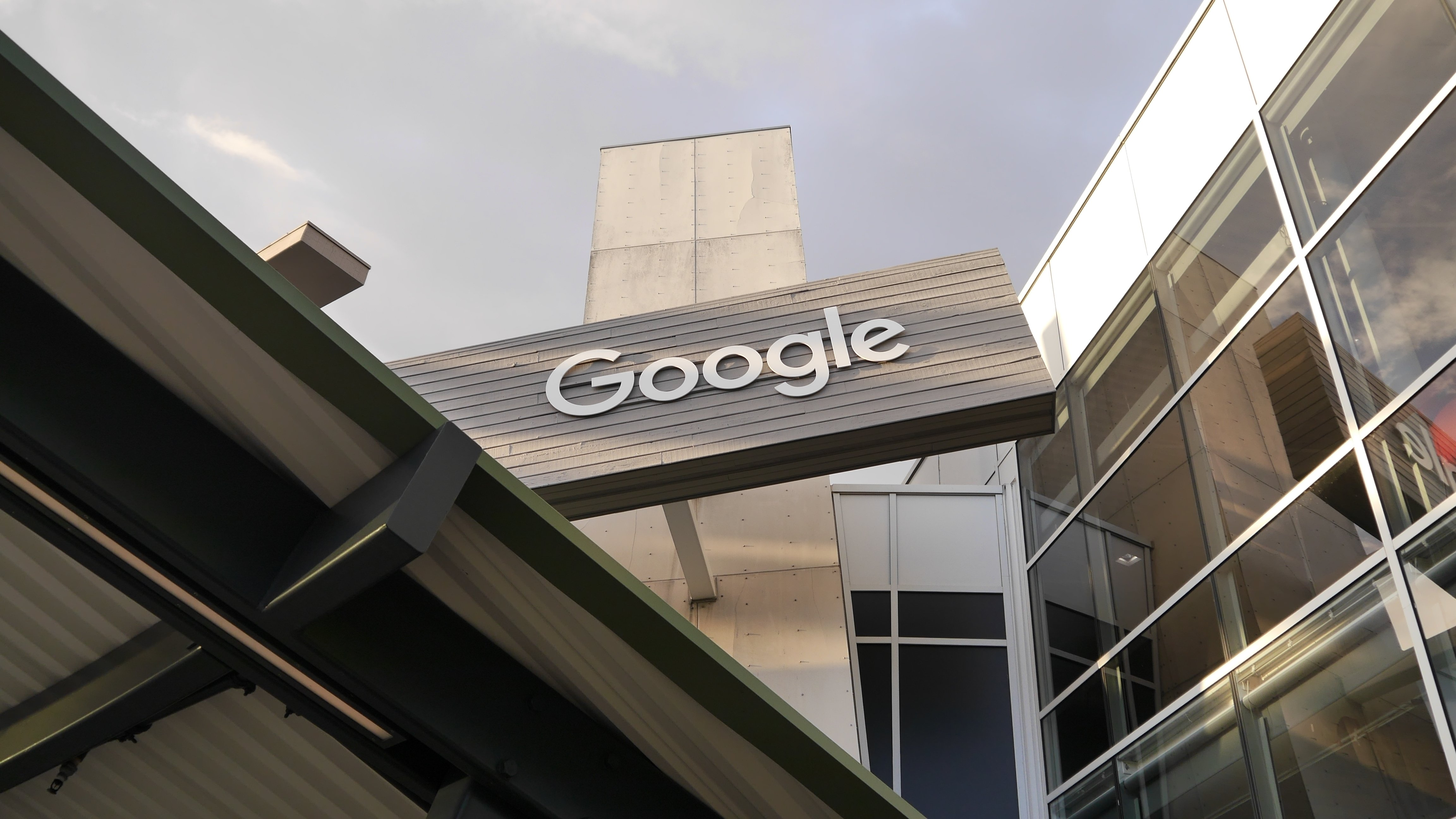 Google Cloud continues to grow, is coming to Saudi Arabia - DCD