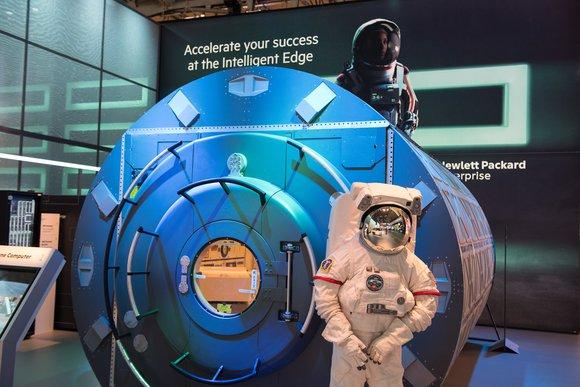 HPE spaceborne computer ISS .jpg