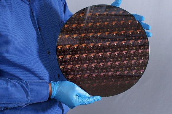 IBM Research 2 nm Wafer.jpg