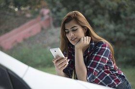 India_Smartphone.original.jpg