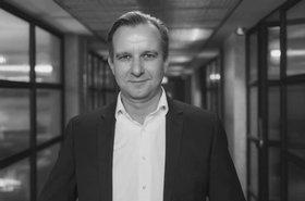 Jens Graupmann Grey.jpg
