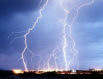 Lightning 01_0.jpg