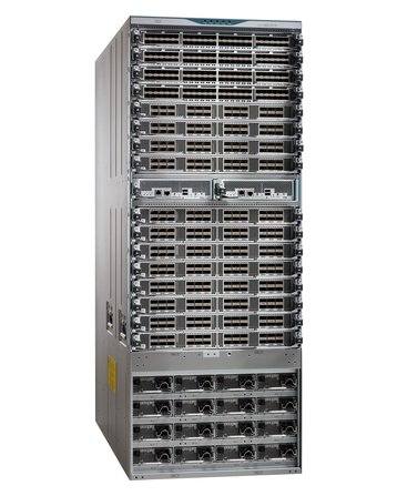 Cisco MDS 9718 side view