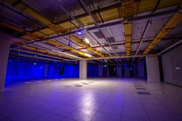ME2_colocation-hall_01-2048x1365.jpg
