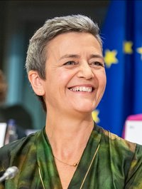(Margrethe_Vestager)_Hearings_of_Margrethe_Vestager_DK,_vice_president-designate_for_a_Europe_fit_for_the_digital_age_(48865071413)_(cropped).jpg