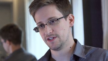 NSA-whistleblower-Edward--001