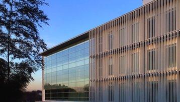 NTT's Yokohama 01 data center