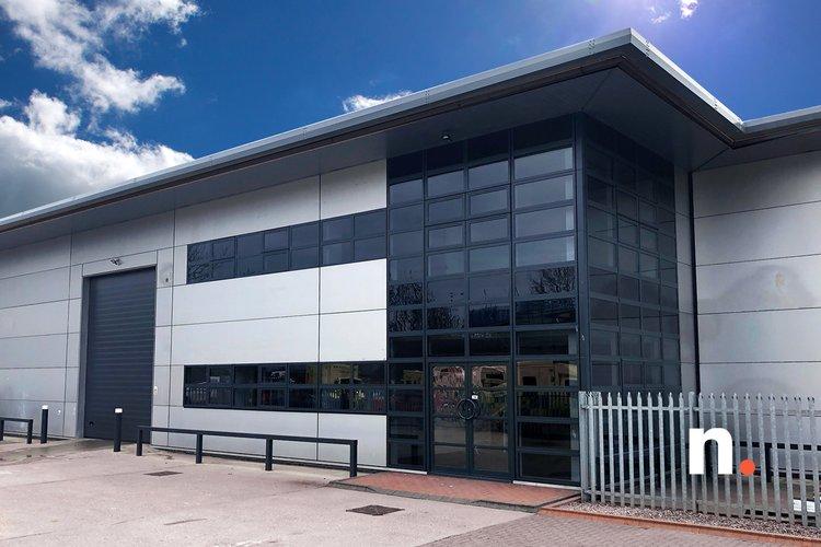 Netwise close to opening new London data center, Zayo will provide dark fiber into facility