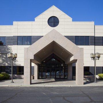 Orangeburg-New-York-Data-Center-Colocation-Facility-560x560.jpg