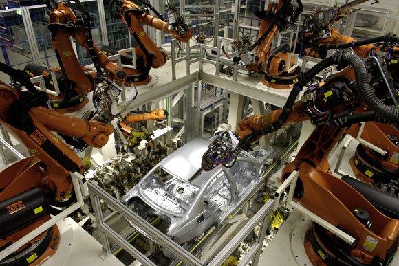 Robots making cars