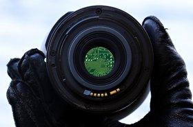 S. Hermann & F. Richter_Pixabay_Camer_focus_chip circuit_190721_2.jpg
