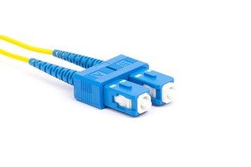 Single mode fiber optic patch cable