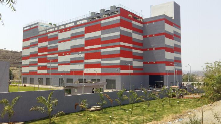 Larsen Building Image