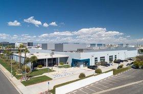 Serverfarm_Los_Angeles_Data_Center.jpg