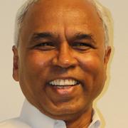 Shankar headshot.png