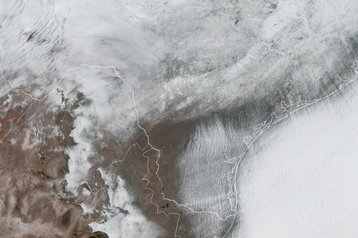 Snow_covered_Texas_satellite_Feb_15_2021.jpg