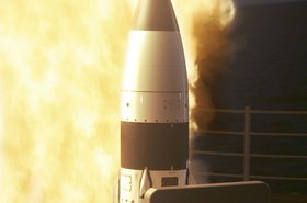 Standard_Missile_III_SM-3_RIM-161_test_launch_04017005.jpg