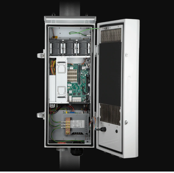 upermicro Edge server IP65 E403-9D-16C-IPD2_front_open_with_system.webp