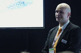 Juha Kerttula discusses how gas power solutions for Energy smart Data centers - T0fjgSI7-o8