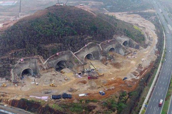 Tencent bomb shelter data center