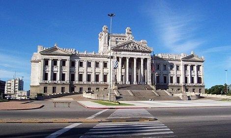 Uruguay-Palacio_Legislativo.JPG