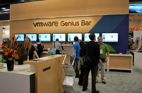 VMwareGeniusBarVMworld2010sized.JPG