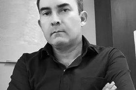 Victor Acosta ByN.jpg