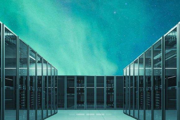 data_center_sweden_northern_light.jpg