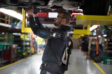 ekso bionics eksovest credit ford.jpeg